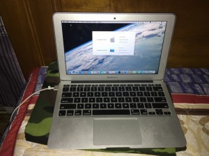 Bán macbook air 2015