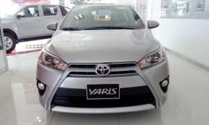Toyota Yaris 1.5G 2017 màu bạc giao ngay, khuyến mãi cực tốt
