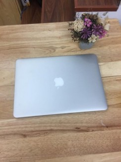 Macbook air 13inch MD761 CTO - i7 / Ram 8gb