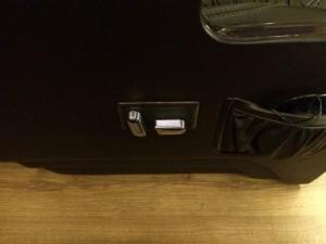 Mua xe Limousine | Transit Limousine 10 chỗ, phiên bản cơ bản, Đủ Màu, Có Xe Giao Ngay| Gọi Mr.Huy!