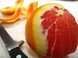 Bán giống cây cam cara ruột đỏ, chuẩn giống, giao cây toàn quốc.