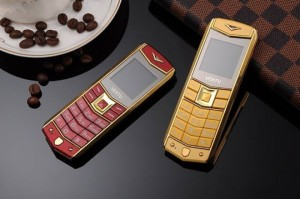 Điện thoại Vertu A8 cực đẹp