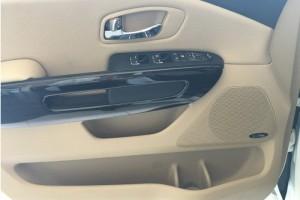 Sedona trang bị 6 túi khí hỗ trợ an toàn cho tất cả hành khách trên xe khi xảy ra sự cố  Kia Sedona đạt chuẩn an toàn 5★ do ủy ban an toàn giao thông NCAP chứng nhận