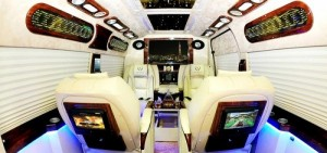 Nội thất xe Phú VIP Limousine