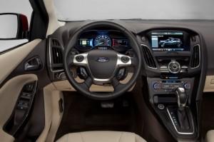 Bán xe Ford Focus trend 1.5 Ecoboost đời 2017, giá cạnh tranh