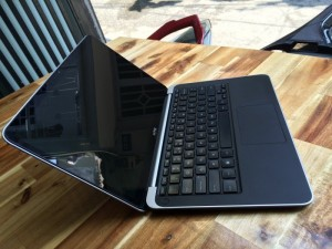Laptop Dell XPS L322X, i5 ivy 1,9G, 4G, ssd...