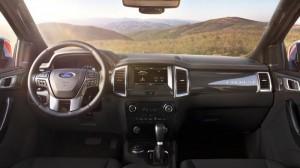 Bán xe Ford Everest 2.2 Titanium giá cạnh tranh toàn quốc