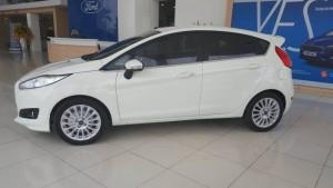 Bán xe Ford Fiesta 1.0 Ecoboost đời 2017, giá cạnh tranh