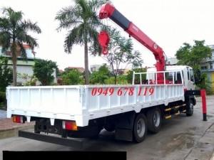 HD210 Gắn cẩu 5 tấn