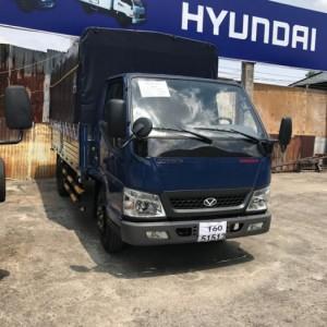 Hyundai iz49 2t4 vào thành phố, xe đô...
