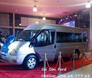 Gía xe Ford Transit Limousine - Sài Gòn Ford