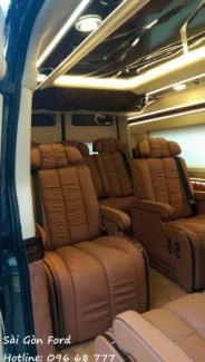 Giá xe Ford Transit Limousine - Sài Gòn Ford