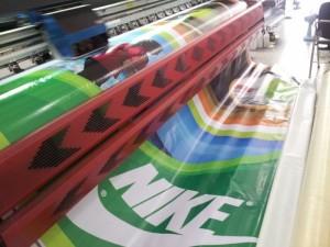 In phun khổ lớn cho bạt quảng cáo chất liệu hiflex