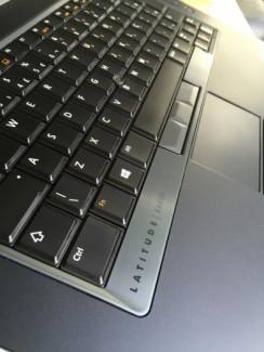 Laptop Dell latitude E6430, i5 ivy 2.5G, 4G, 500G, 99%, zin100%, gia re