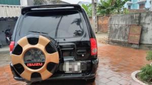 Cần bán xe isuzu 7 chỗ máy dầu.đầy đủ tiện nghi,nguyên bản không  va chạm không ngập nước