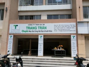 Khai trương xưởng mới - xưởng may gia công quần áo Trang Trần
