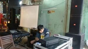 Cho thuê âm thanh- dàn nhạc- karaoke máy chiếu- loa kéo tại đà nẵng