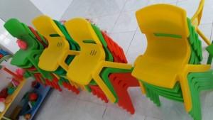 Ghế nhựa đúc nhập khẩu dành cho trẻ mầm non