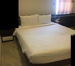 Cho thuê nhà nghỉ 11 phòng, 30tr khu Non Nước, Ngũ Hành Sơn.