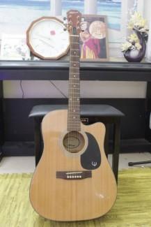 Bán đàn guitar Talent