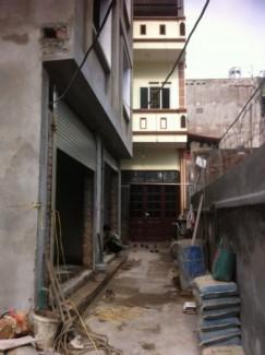 Nhà 4 tầng tại Yên Xá gần bệnh viện 103 cần bán