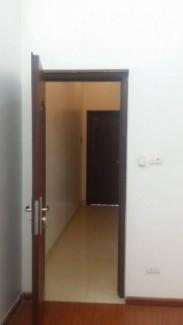 Bán nhà mặt ngõ 101 Đào Tấn, 47 m2, mặt tiền 4.7 m2, giá chỉ 3.5 tỷ