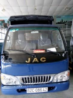 Xe tải 2t4 Jac.hạ tải vào thành phố