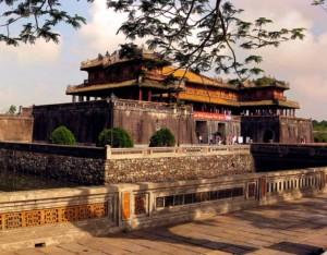 Lạng Sơn – Quảng Bình – Huế - Đà Nẵng.