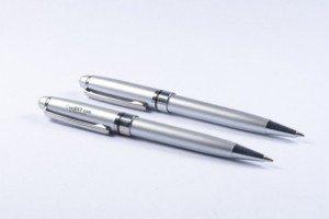 Bút bi, Bút kim loại, Bút gỗ giá cạnh tranh