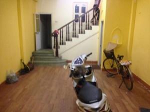 Cho thuê nhà tại Nguyễn Chí Thanh; Đống Đa;giá 15tr;Dt45mx5T
