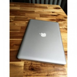 Macbook pro MD313, i5 2,4G, 4G, 500G, 99%, zin100%, giá rẻ