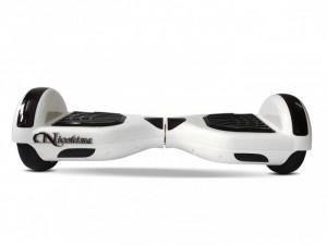 Xe cân bằng NIO 0165 mang thiết kế gọn nhẹ đem lại cảm giác thân thiện cho người dùng.
