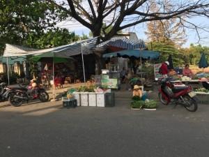 Lô đất mặt tiền đường 23m ngay chợ Điện Ngọc kinh doanh tốt