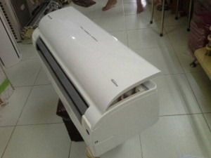 Máy lạnh hitachi inverter 1.5hp nội địa gia rẻ