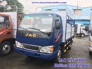 Xe tải JAC 2,4 tấn thùng mui bạt