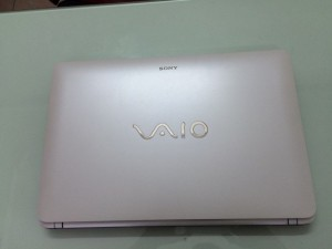 Laptop sony SVF15 core i3 - 3537U/ 4gb/...