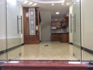 Bán nhà Nguyễn Trãi, Thanh Xuân, 38m2 xây 5 tầng, có gác lửng làm phòng khách, lô góc, hai mặt thoáng