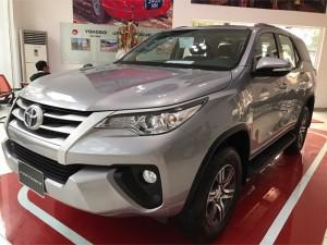 Bán xe Toyota Fortuner 2.4G giao sớm, hỗ trợ trả góp lái suất 0.6%