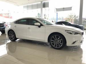 Bán xe Mazda 6 2.0 sedan màu trắng . cam kết giá rẻ nhất Vĩnh Phúc