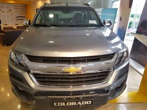 Thông báo! Chevrolet Colorado 2017 cực ngầu, cực phong cách, giá cực ưu đãi!