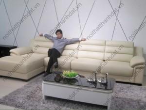 + Bộ ghế sofa vừa giao tại nhà anh Liêm biệt thự Him Lam Q7 . Gia công theo mẫu SF-285 giống 99% so với ảnh mẫu trên website chủ nhà rất vừa ý . Kích thước : 3400mm x 2000mm ( hoặc 3200mm x 1800mm , 3000mm x 1700mm) . Giá 20.000.000 VND