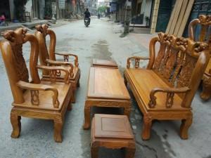 Bộ bàn ghế đục đào gỗ nghiến