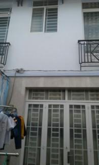 Bán nhà, Huỳnh Tấn Phát, Nhà Bè, DT 3,4x8m, 1 trệt 1 lầu, gồm2 phòng ngủ, 2wc. Giá 620 triệu