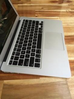 Macbook pro MD102 ( đời 2012 ), i7 2,9G, 8G, 750G, zin100%, giá rẻ