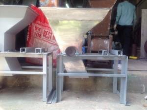 Máy vắt tinh bôt nghệ máy nghiền nghệ tươi giá rẻ hàng chất lượng
