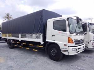 Xe tải Hino FG8JPSU thùng mui bạt 9m9