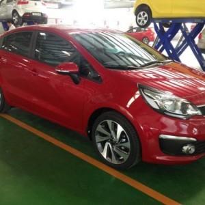 Kia Rio xe nhập khẩu, giá cực mềm, full xe, đủ màu, hỗ trợ trả góp 80%.