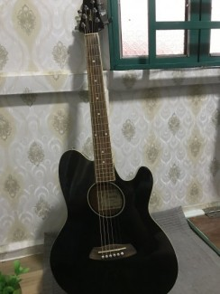 Guitar acoustic Ibanez Black