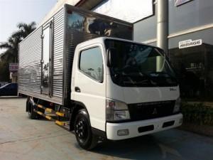 Xe tải Fuso Canter 7.5-4.5T giá tốt, có ưu đãi thêm, có xe giao ngay