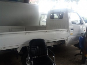 Cần bán xe tải veam mekong 820kg thùng lửng, màu trắng Liên hệ: 0912 797 477 Kim Phụng